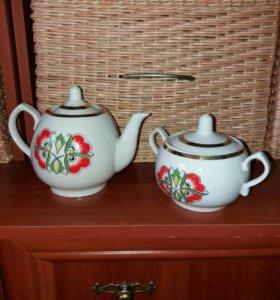Чайник-заварник и сахарница