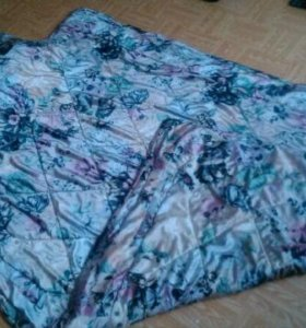 Одеяло 1.5 спальное и подушка 70x70