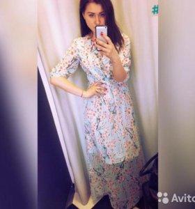 Мятно-голубое шифоновое платье в пол