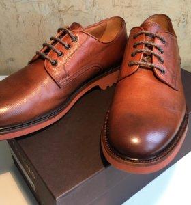 Doucal's Италия мужские ботинки новые
