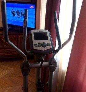 Эллиптический тренажёр Care Fitness Ixos