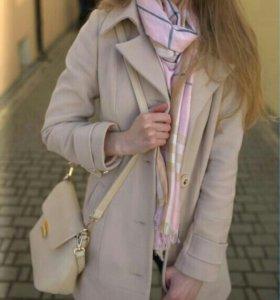 Шерстяное пальто + шарф + перчатки
