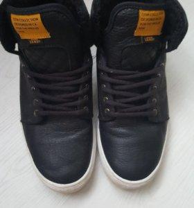Ботинки кроссовки  Vans