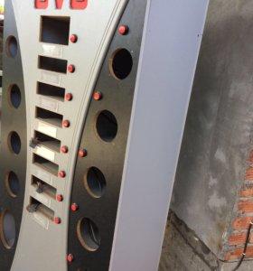 Шкаф-витрина для автомагнитол и колонок