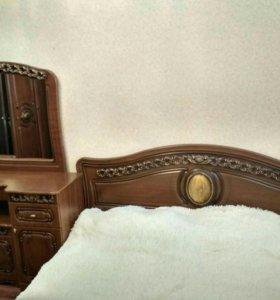 Продаю кровать и камод