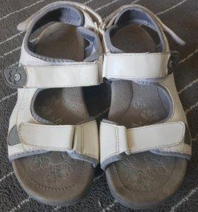 Детские сандали Outventure