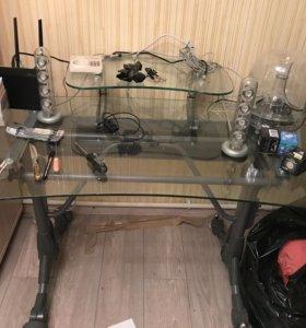 Стол компьютерный (стеклянный)