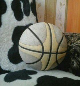Баскетбольный мяч о цене можем договориться!