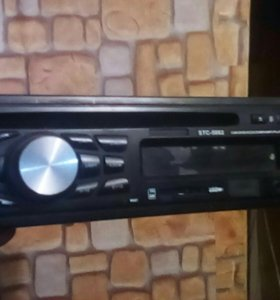 Автомагнитола DVD/VCD/CD/MP4/MP3 player.