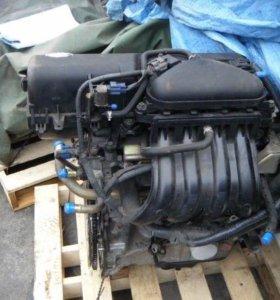 Двигатель Nissan CR14DE в разборе
