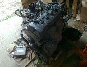 Двигатель Nissan GA16DS в разборе