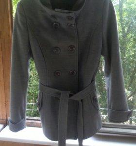 Женское пальто на весну-осень