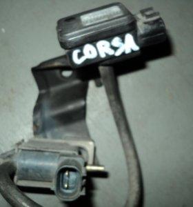 Вакуумный датчик Toyota Corsa