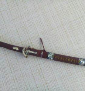 Сувенирныи мечь