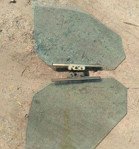 Стекла Ваз 2110-2112 передние боковые с креплением