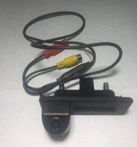 Камера заднего вида Audio A1 в ручку багажника