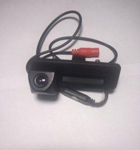 Камера заднего вида Skoda Fabia в ручку багажника