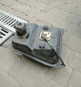 бензобак на китайский скутер