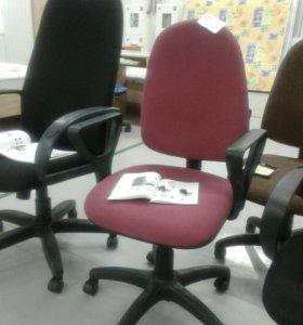 Кресло Престиж бордовом