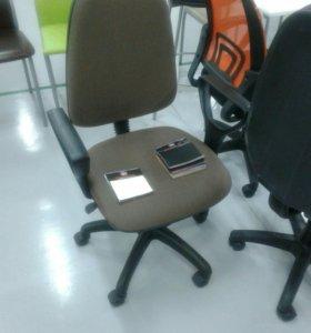 Офисное кресло Престиж коричневая