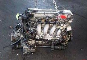 Двигатель Nissan SR18DE в разборе