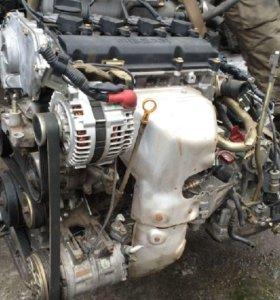 Двигатель Nissan QR25DE в разборе