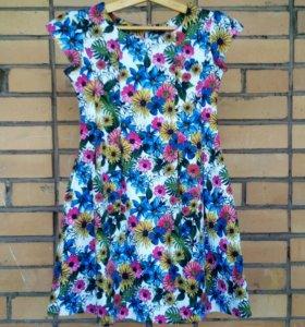 Платье на девочку (недорого)