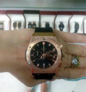 Часы Hublot Classic Fusion Gold Quartz