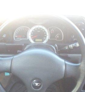 Автомобиль DEWOO NEXIA