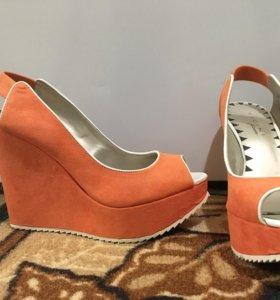 Босоножки/туфли/сапоги/обувь