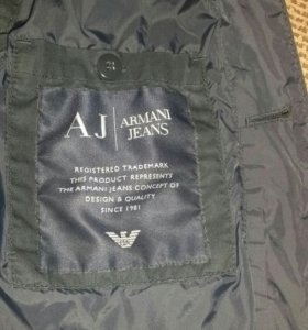 Armani Jeans куртка или ветровка