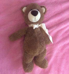 Новый игрушечный медвежонок