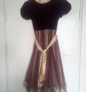 Продаю праздничные платья