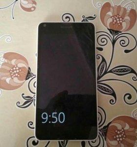 Телефон lumia 640 на базе windows.