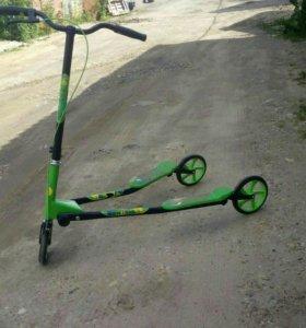 Самокат трёхколёсный для подростков и детей