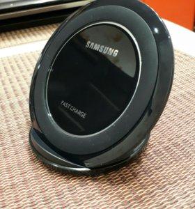 Беспрводное зарядное устройство SAMSUNG