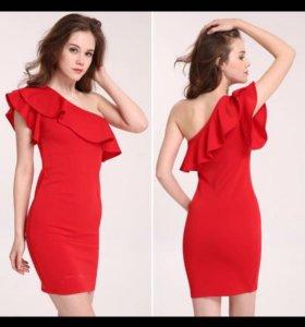 Новое модное платье