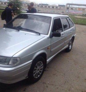 Машина ВАЗ 2114