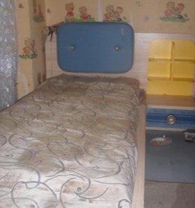 Детская кровать,с матрацем