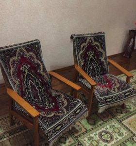 Кресла (два кресла)