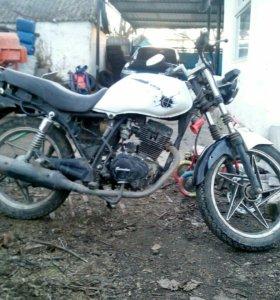 Мотоцикл Bullet