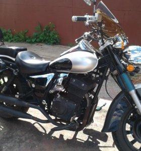 Чоппер Briar Speedfire 250 cc, 2 цилиндра