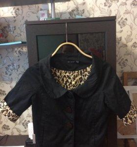 Пиджак женский,укорочённый