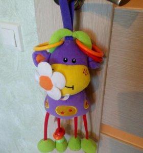 Подвесная игрушка Коровка