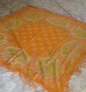 Очень стариное платок
