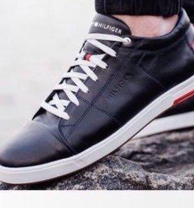 Новые кроссовки Tommy Hilfiger