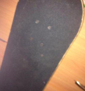 Скейт в неплохом состоянии