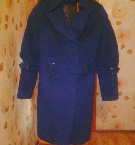 Пальто осенне- весеннее