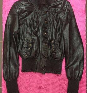 Кожаная куртка 42-44