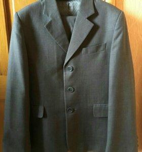 Школьный костюм д/мальчика р.140 VAN CLIFF